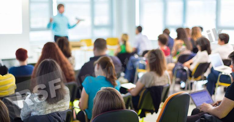 Raumluftdesinfektion in Bildungsstätten und Behörden